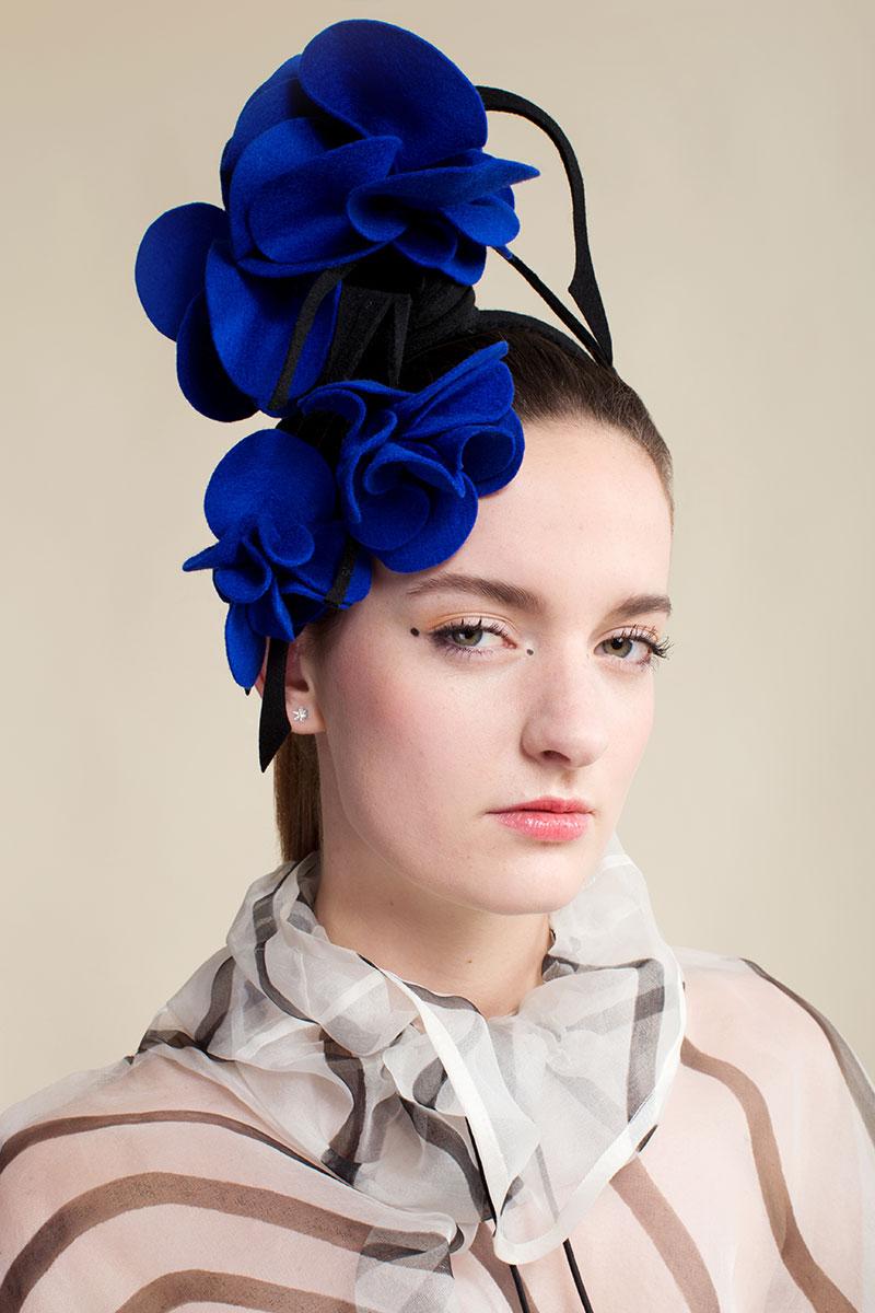 felt-fascinator-Blue-Llilly