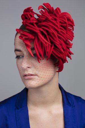 felt-fascinator-Red-Clawy